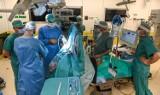 W Gdańsku przeprowadzono innowacyjny zabieg głębokiej stymulacji mózgu w leczeniu choroby Parkinsona. To pierwsza taka operacja w Polsce!