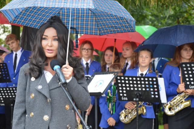 Ewa Minge na uroczystym otwarciu Powiatowego Domu Dziennego Pobytu w Świebodzinie