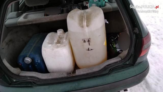 Policja aresztowała złodzieja, który okradł stację paliw w Miasteczku Śląskim.