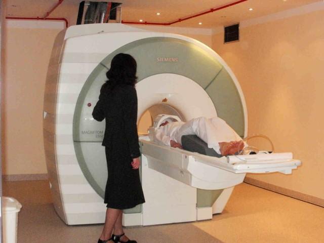 Pierwsze badania rezonansem wykonano 30 maja