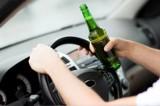 """Żory: pijany wsiadł za kierownicę. Nie miał uprawnień, a auto pożyczył. Zdradził go brak włączonych świateł. """"Piłem od popołudnia"""""""