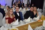Studniówki 2020: uczniowie z Zespołu Szkół Ekonomicznych bawią się w Borzechowie! [ZDJĘCIA]