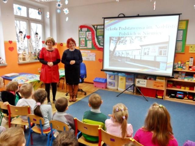 Wesołe Skrzaty z Przedszkola w Malechowie poznają Szkołę [ZDJĘCIA]