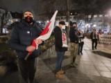 Opole. Protest KOD-u pod sądem okręgowym. Przyjechał jeden z posłów
