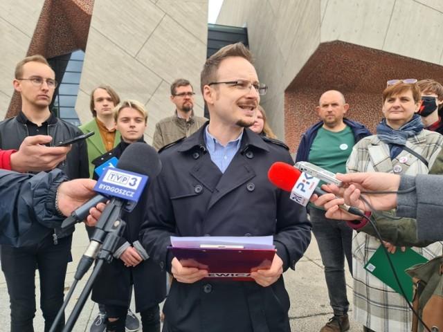 Na zdjęciu - Konferencja prasowa przedstawicieli środowisk lewicowych dot. budowy Centrum Camerimage