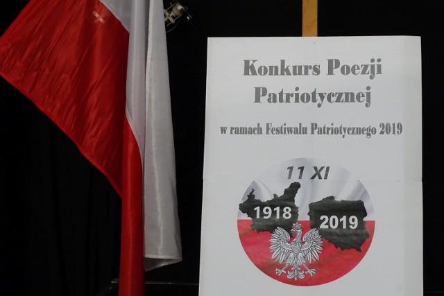 Wschowa Konkurs Poezji Patriotycznej W Klubokawiarni Piętro