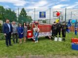 Strażacki samochód do gromadzenia nakrętek wykonali uczniowie klasy pożarniczej ZSP nr 3 w Tomaszowie [ZDJĘCIA]
