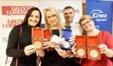 Gala wręczenia nagród w plebiscycie Nauczyciel na medal 2018 - zobacz nagrodzonych pedagogów i szkoły [ZDJĘCIA, WIDEO]