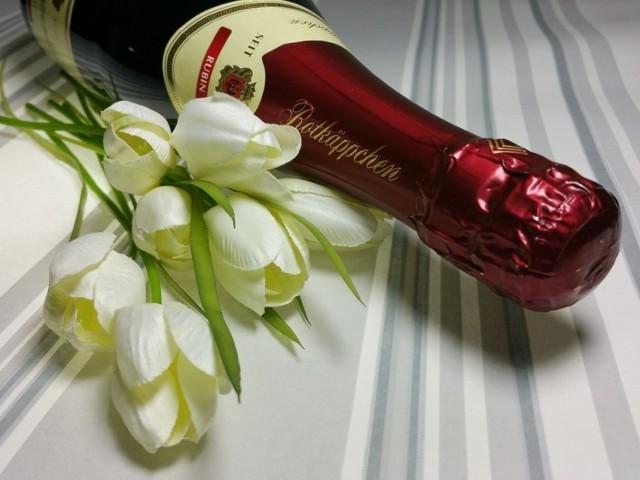 Sprawdź, jaki prezent na Walentynki wręczyć kobiecie