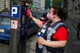 Kraków. Rozciąganie strefy parkowania do granic możliwości. A parkingów wciąż brakuje i są obawy o droższe abonamenty