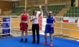 Boks. Juniorki Sportów Walki Piła ze złotym i srebrnym medalem Mistrzostw Polski