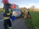 Wypadek na trasie Opole-Nysa. Na DK46 w Grabinie zderzyły się dwa samochody, jedna osoba ranna