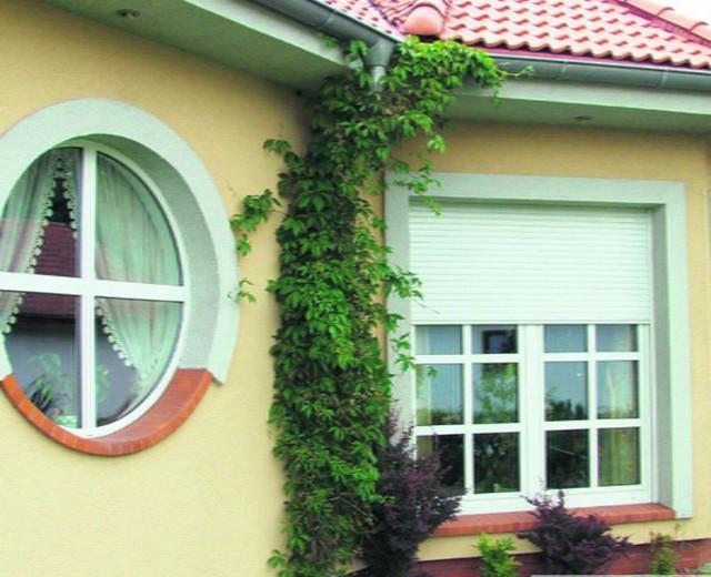 Większość nietypowych okien można bez problemów zamówić, i to razem z fachowym montażem