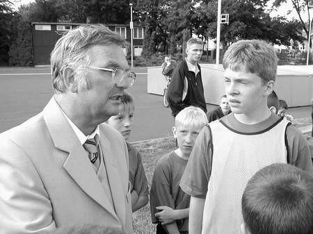Janusz Kała od 25 lat dzielnie dowodzi Beniaminkiem.  /  JAKUB MORKOWSKI