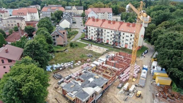 Etap prac murarskich na pierwszym piętrze ma się zakończyć w przyszłym miesiącu.