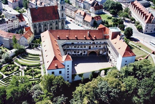 Przepiękny Zamek Piastów Śląskich w Brzegu.