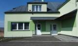 Trwa remont Wiejskiego Domu Kultury w Jurowcach. Prace zakończą się maju