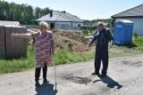 """Najgorsza droga w Żorach? Mieszkańcy ulicy Wysokiej w dzielnicy Rogoźna nie mają wątpliwości. """"Chodzi o naszą ulicę"""""""