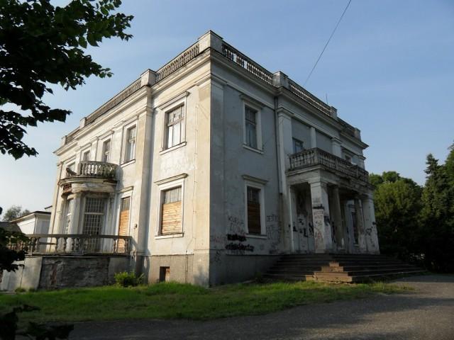 Pałac Wierusz-Kowalskich