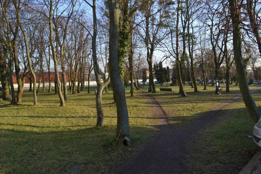 Dawny cmentarz katolicki w centrum Pruszcza zostanie zrewitalizowany. Powstanie pomnik