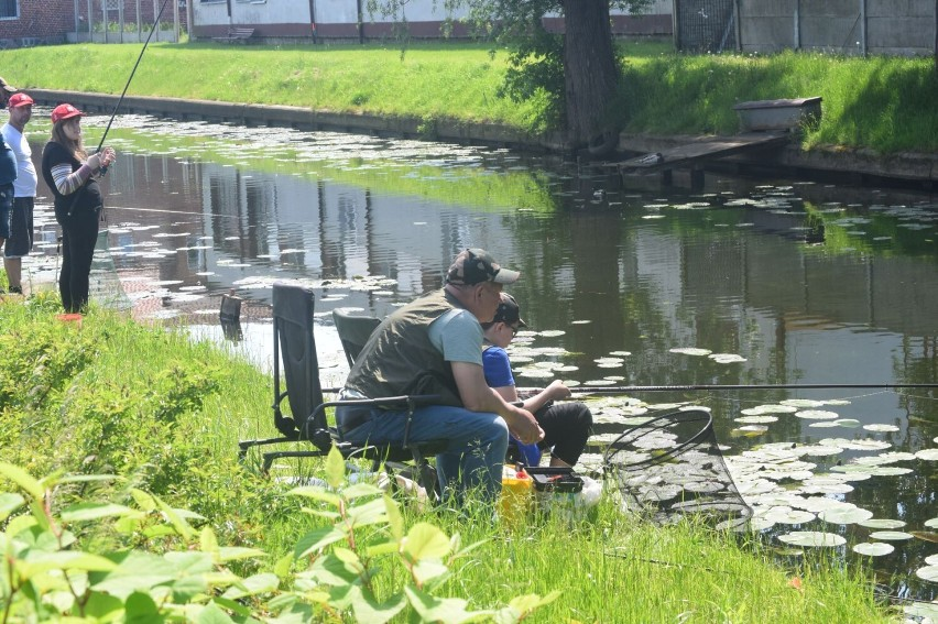 Dzień dziecka z wędką. Zawody dla młodych wędkarzy w Nowym Dworze Gdańskim
