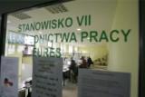W Katowicach jest o ponad połowę więcej bezrobotnych niż rok temu. Wzrosła też stopa bezrobocia, zmalała liczba ofert pracy