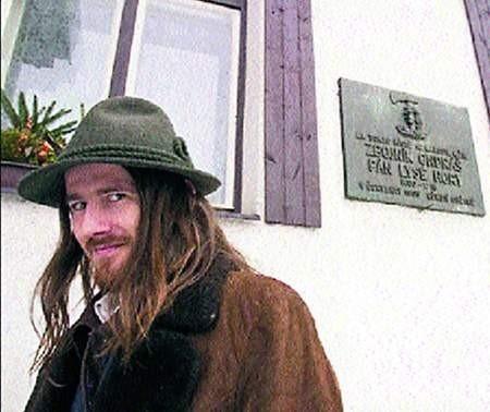 W rolę Ondraszka Szebesta wcielił się Tomasz Kłaptocz.