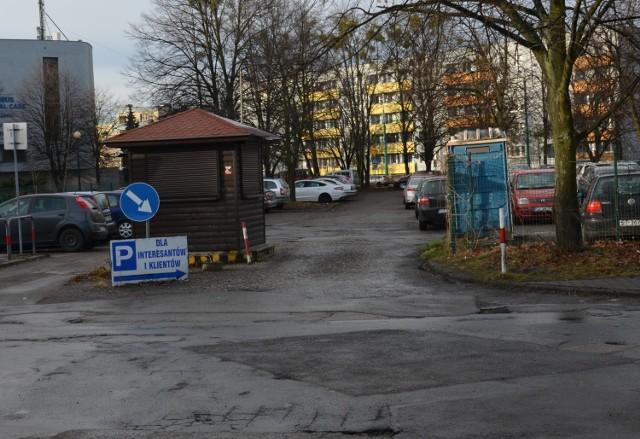Parking przy szpitalu wojewódzkim w Tychach