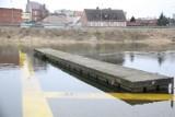 Rośnie poziom wody w rzece Warcie. 1 marca na wodowskazie w Międzychodzie było 257 cm. Woda zalała już część Starego Portu