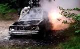 Sądecczyzna. W lasach Beskidu Sądeckiego spłonął samochód terenowy [ZDJĘCIA]