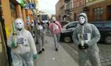 Happening skierowany przeciwko ograniczeniom wolności w czasie pandemii odbył się w Ostrowie Wielkopolskim. ZDJĘCIA, FILMY