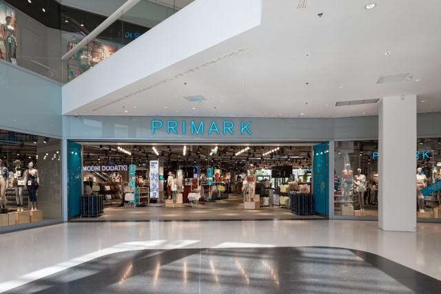 Primark to międzynarodowa marka odzieżowa, która oferuje modę, kosmetyki i wyposażenie domu.
