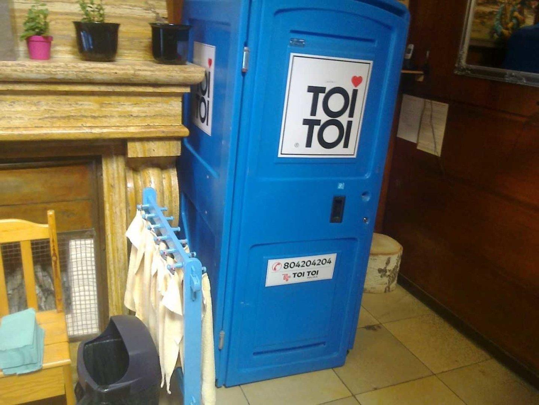 Zupełnie nowe Zamiast toalety w przedszkolu TOI TOI-e. Szok! - NaszeMiasto.pl YV34