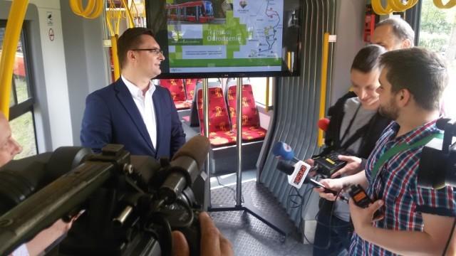 Konferencja prasowa o budowie nowej linii tramwajowej w Katowicach