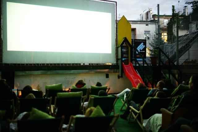 Jak co roku, kino Agrafka uruchamia letnie kino na tarasie