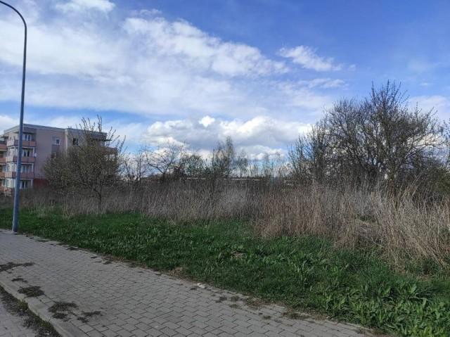 działka przy ul. Rubinowej