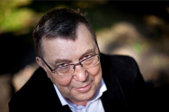 """Maciej Wojtyszko będzie jednym z reżyserów najnowszej premiery w Operze Nova """"Awantura w Recco"""""""