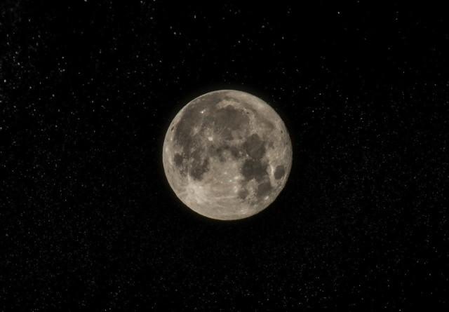 Kiedy będzie Różowa Pełnia Księżyca?
