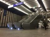 Nowe schody na Dworcu Centralnym już wożą pasażerów