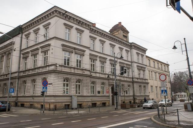 Budynek VIII Liceum Ogólnokształcącego im.Marii Skłodowskiej-Curiew Katowicach