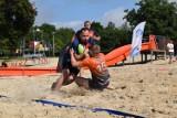 Plaża miejska w Śremie zamieniła się na jeden dzień w boisko do rugby. Turniej Beach Rugby zorganizował Śremski Sport