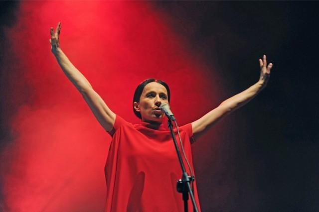Renata Przemyk to uznana osobowość polskiej sceny muzycznej.