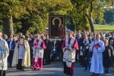 Gm. Wronki. Setki wiernych witały kopię obrazu Matki Boskiej Częstochowskiej w Biezdrowie