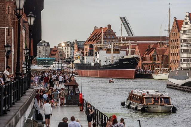 Gdańsk pełen turystów! Dopisała pogoda