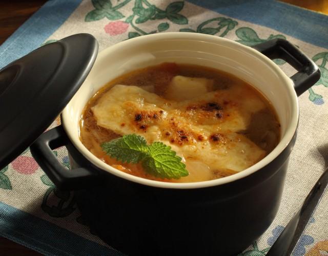 Zupa cebulowa