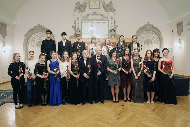 """Międzynarodowy Konkurs Skrzypcowy """"Młody Paganini"""" w Legnicy"""