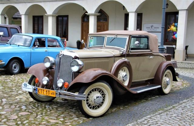Samochody można było obejrzeć na rynku Miasteczka Galicyjskiego