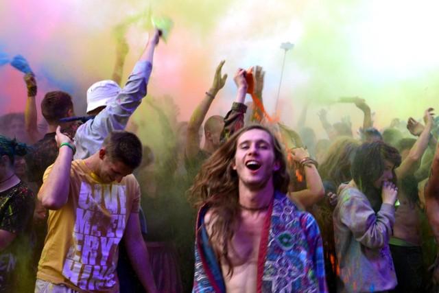 W tym roku Przystanek Woodstock rozpocznie się 14 lipca i potrwa do 16 lipca.  Zdjęcia zrobione zostały w 2015 roku.