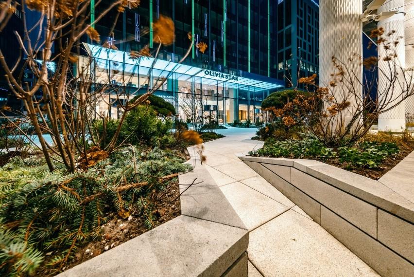 Olivia Business Centre, największy kompleks biurowy na północy kraju ma kieszonkowy ogród [ZDJĘCIA]