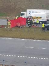 Tragiczny wypadek na A1 w Mykanowie. 22-letni kierowca zginął na miejscu